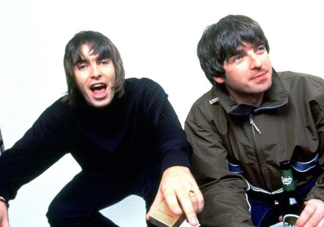 gallery_music-noel-liam-gallagher-brothers-5