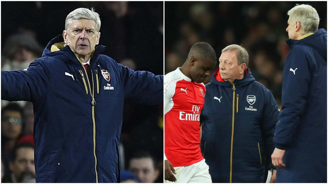 Arsenal fans turn on Arsene Wenger for taking Joel Campbell off v Swansea