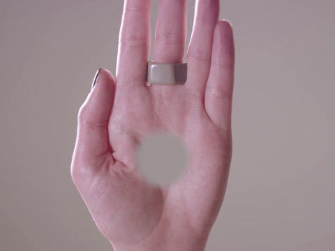 This incredible optical illusion will make you see a hole in your hand
