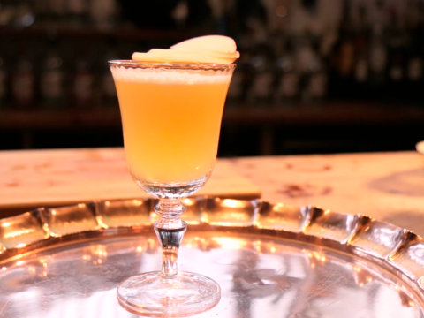 Here's how to make a delicious fruity gin cocktail