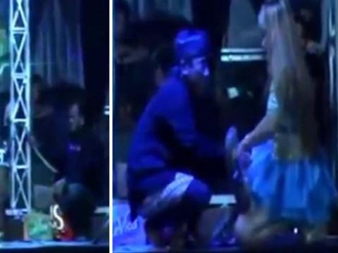 Singer dies on stage 45 minutes after cobra bit her during performance