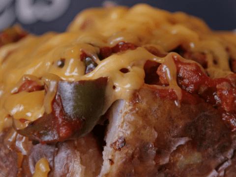 14 vegetarian toppings for baked potatoes