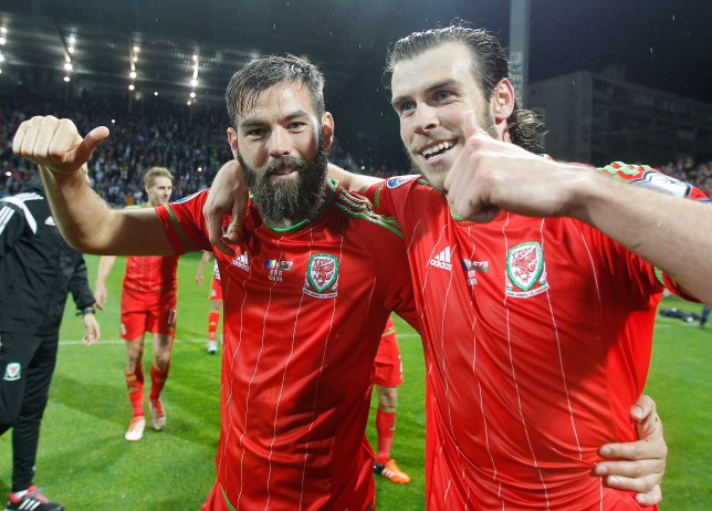 ZENICA, BOSNIA AND HERZEGOVINA - OCTOBER 10: Gareth Bale (R) and Joe Ledley (L) celebrate after the Euro 2016 qualifying football match between Bosnia and Herzegovina and Wales at the Stadium Bilino Polje in Elbasan on October 10, 2015. (Photo by Srdjan Stevanovic/Getty Images)
