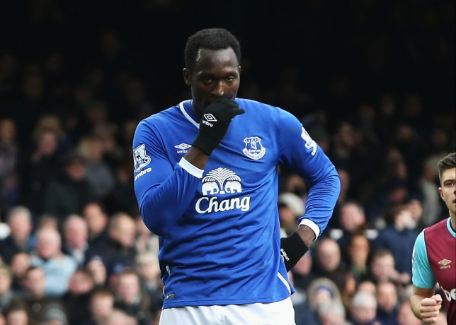 LIVERPOOL, ENGLAND - MARCH 05: Romelu Lukaku of Everton reacts after his penalty was saved during the Barclays Premier League match between Everton and West Ham United at Goodison Park on March 5, 2016 in Liverpool, England. (Photo by Jan Kruger/Getty Images)
