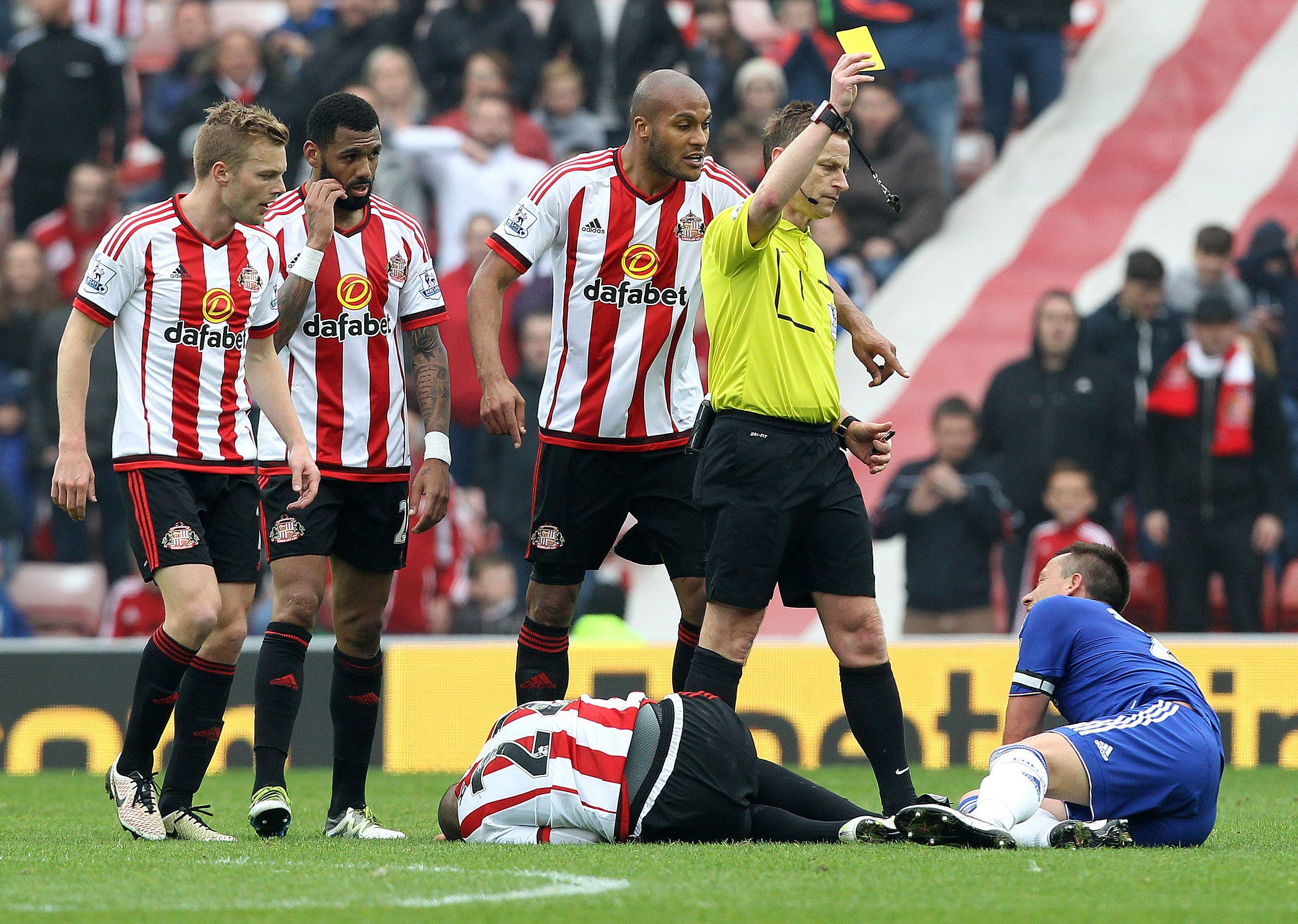 Hiddink reveals John Terry's  devastation at Chelsea career-ending red card