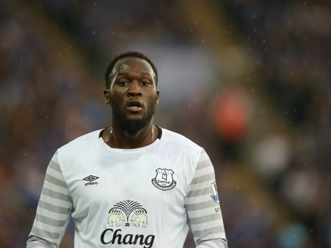Manchester United target Romelu Lukaku will seal transfer before Euro 2016, his father says