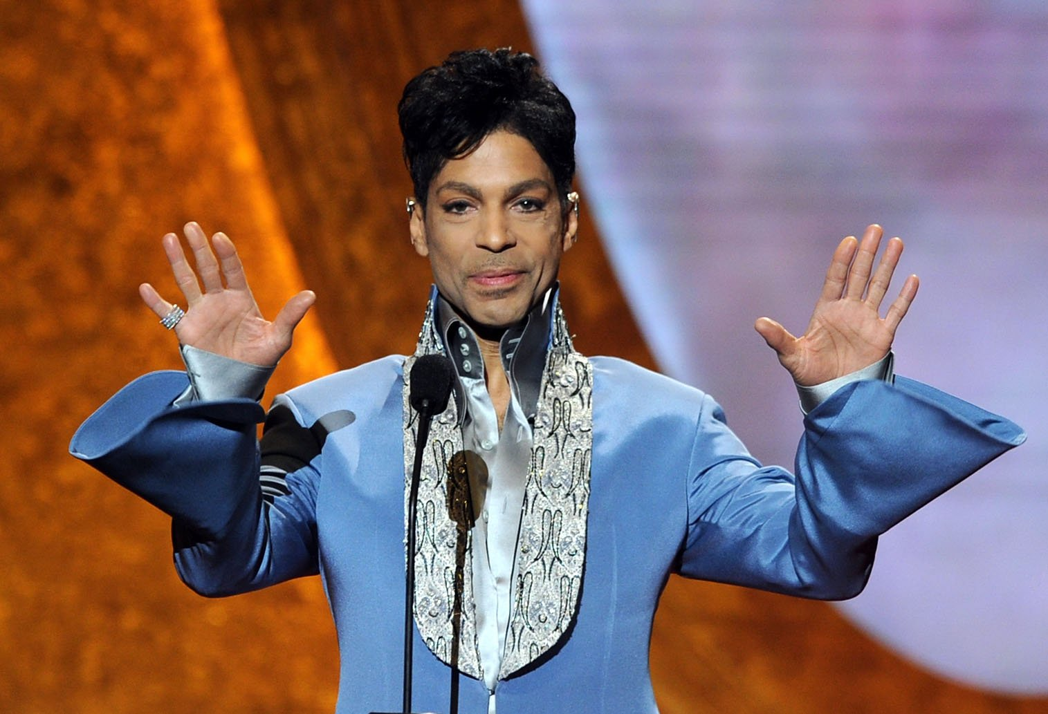 LOS ANGELES, CA - MARCH 04: Prince speaks onstage at the 42nd NAACP Image Awards held at The Shrine Auditorium on March 4, 2011 in Los Angeles, California. (Photo by Kevin Winter/Getty Images for NAACP Image Awards)