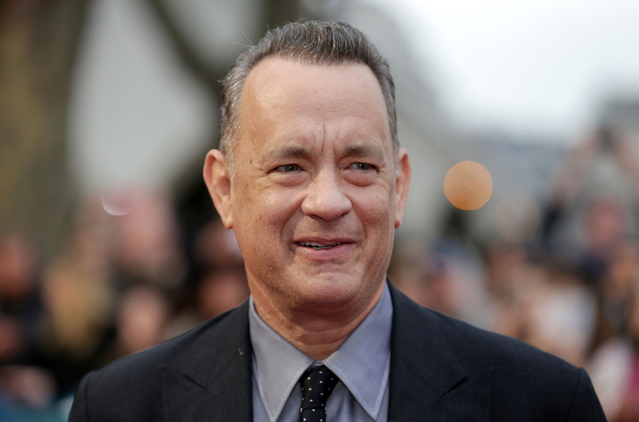 "File photo dated 25/04/16 of Tom Hanks. PRESS ASSOCIATION Photo. Issue date: Saturday May 14, 2016. ""I put 100 quid on Leicester so I think I'll do okay."" Tom Hanks emerges as an unlikely Nostradamus. See PA story SOCCER Premier League Quotes. Photo credit should read Daniel Leal-Olivas/PA Wire"