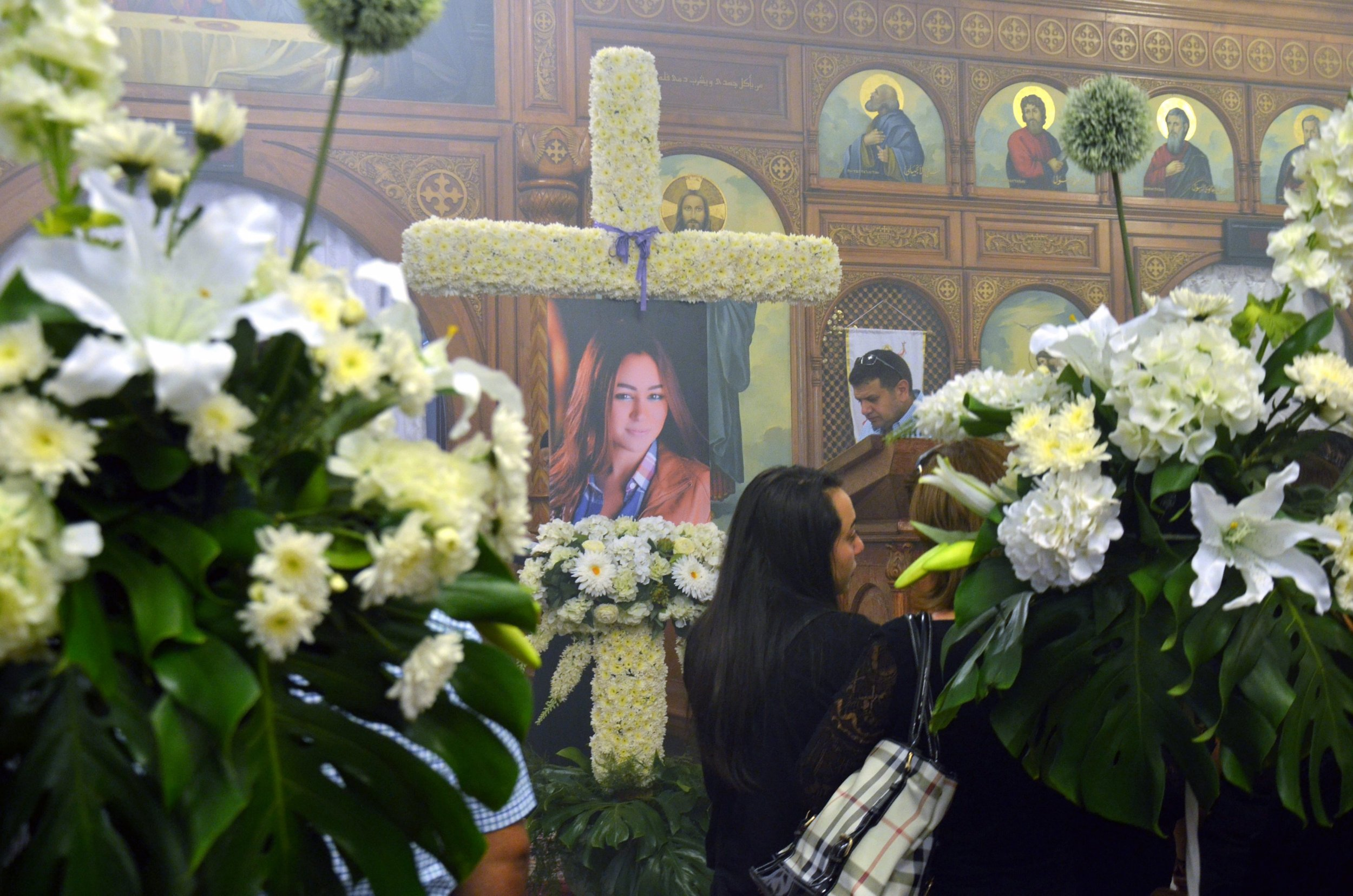 First funerals take place for victims of EgyptAir plane crash