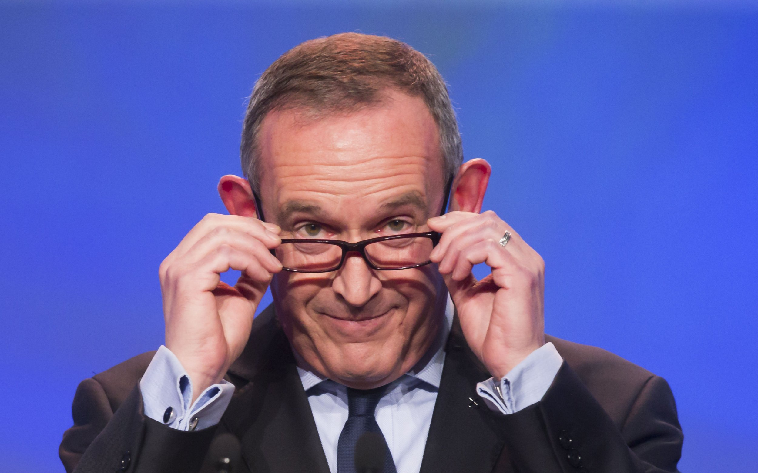"""File photo dated 29/03/15 of SNP deputy leader Stewart Hosie, as the MP at the centre of love triangle allegations has announced he is quitting as deputy leader of the Scottish National Party. PRESS ASSOCIATION Photo. Issue date: Sunday May 22, 2016. Stewart Hosie said he wanted to """"apologise for any hurt and upset"""" he has caused and will step back from the role to concentrate on his constituency, responsibilities at Westminster and his health. See PA story POLITICS SNP. Photo credit should read: Danny Lawson/PA Wire"""