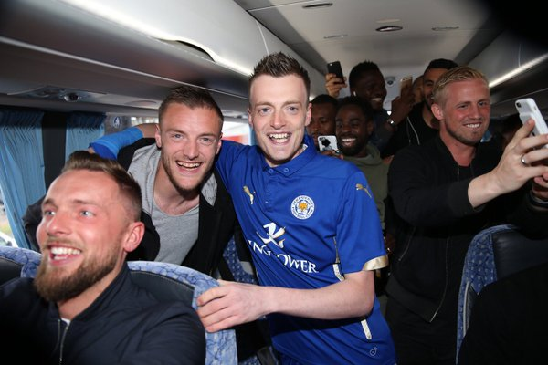 Jamie Vardy lookalike records fake Arsenal press conference… and it's the worst thing ever