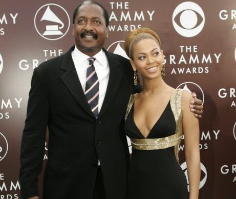 Beyonce and her dad end their 'feud' with cosy Instagram snap