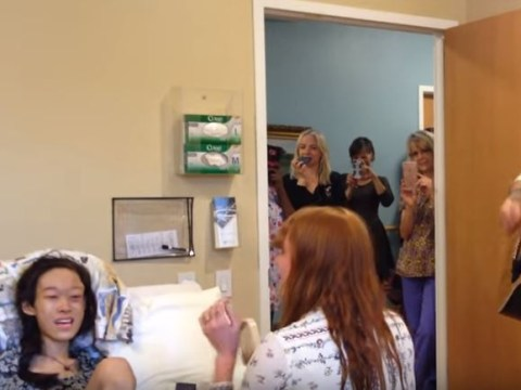 Florence Welch surprises sick fan with hospital bedside performance