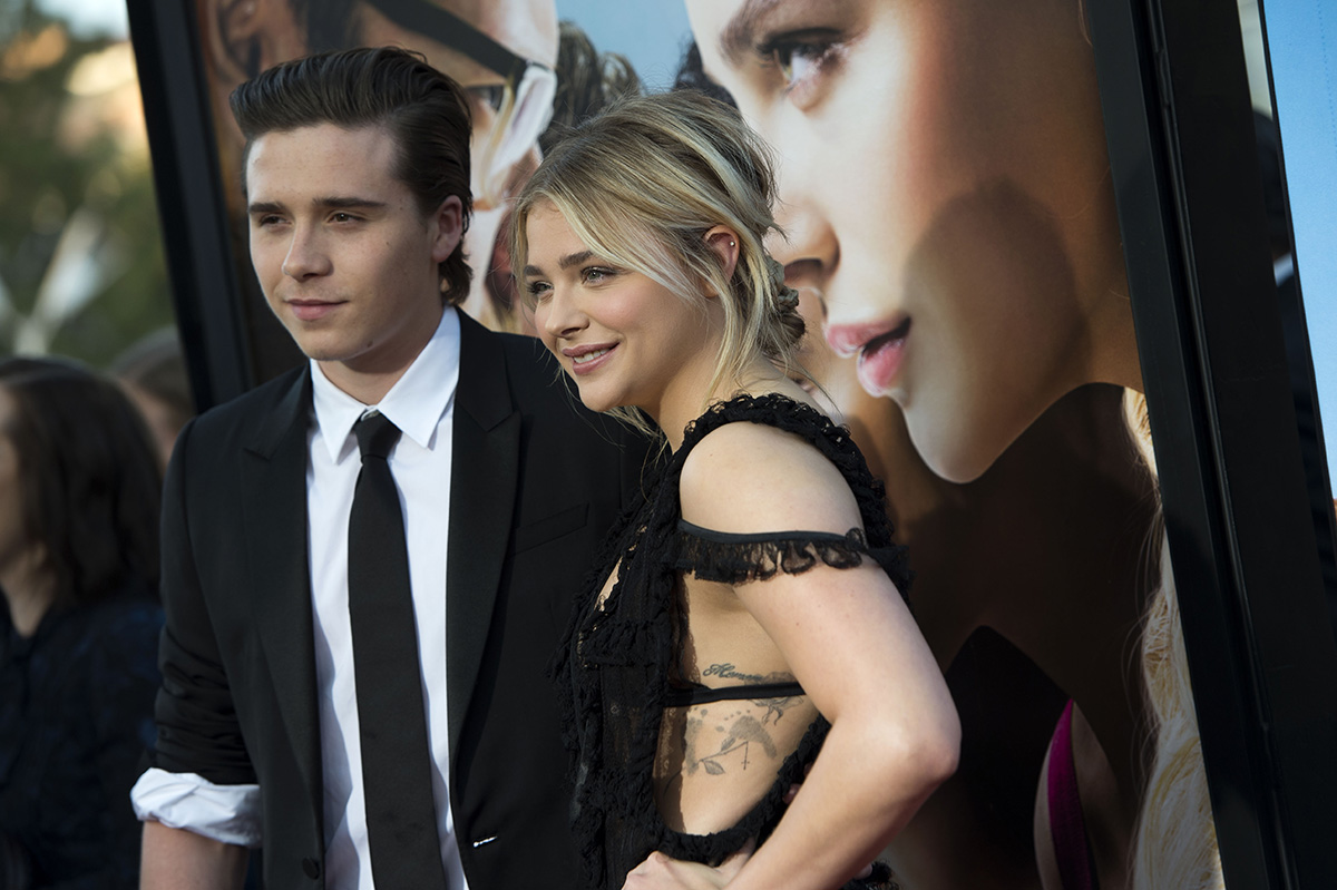 """Actress Chloe Grace Moretz (R) and Brooklyn Beckham attend the American Premiere of Universal Pictures """"Neighbors 2: Sorority Rising"""" in Westwood, California, on May 16, 2016. / AFP / VALERIE MACON (Photo credit should read VALERIE MACON/AFP/Getty Images)"""