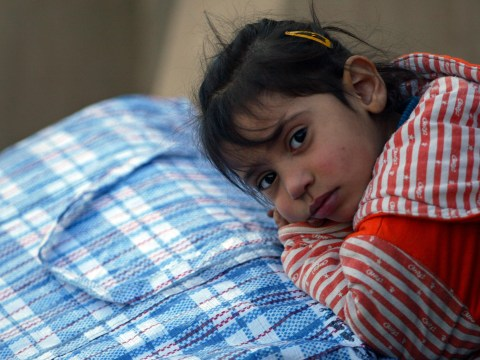 Cameron says UK WILL resettle child refugees from Europe