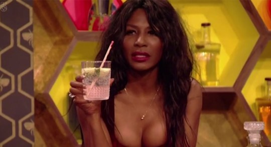 sinitta-up-late-with-rylan