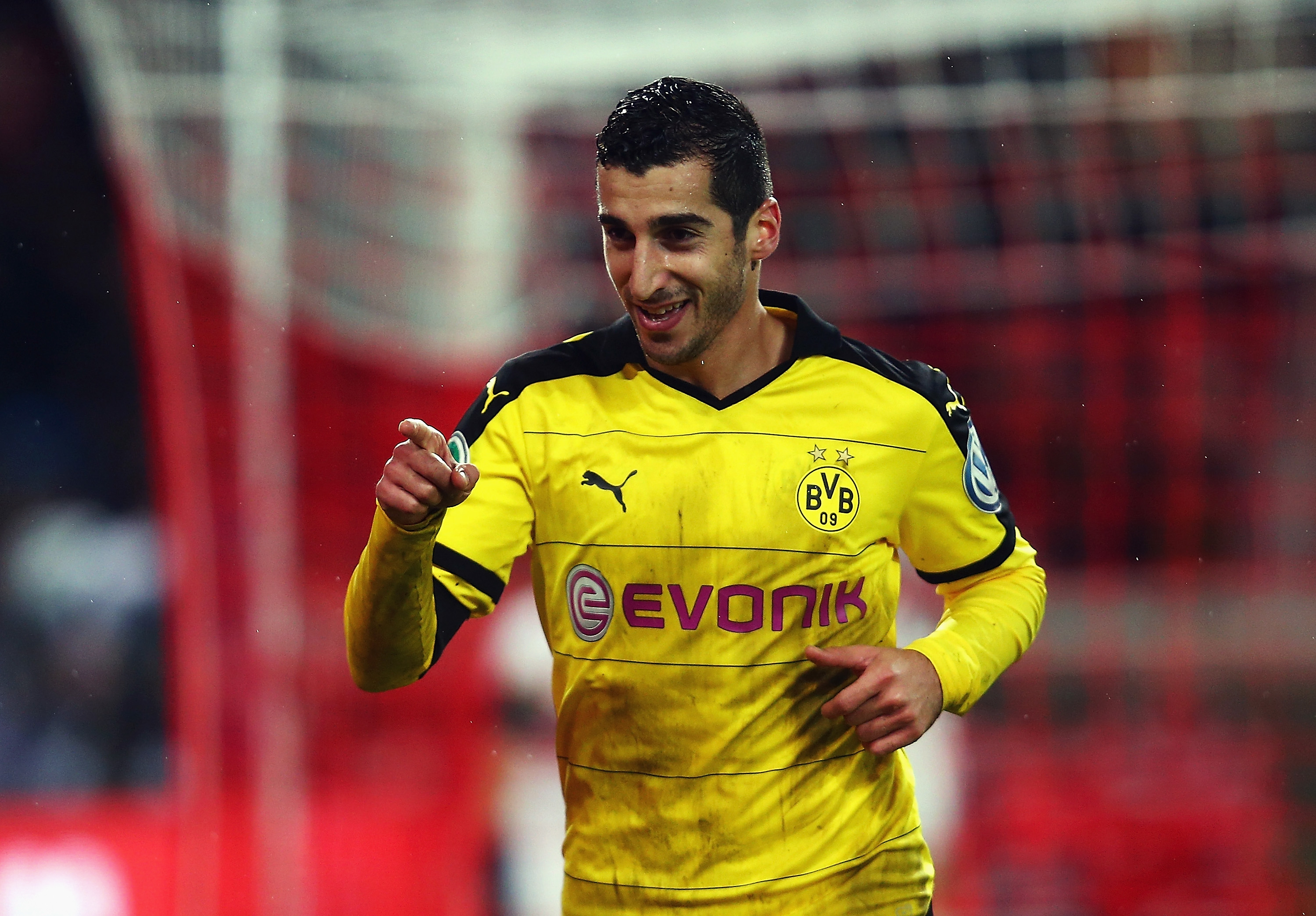 Why Borussia Dortmund's Henrikh Mkhitaryan could be the perfect summer transfer for Arsenal