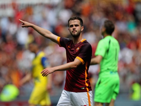 Transfer news: Manchester United eye Miralem Pjanic, Liverpool agree Samuel Bastien deal, Arsenal offered Jeison Murillo