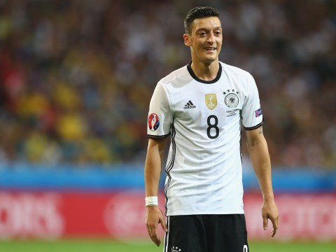 Arsenal's Mesut Ozil won't change his style after Euro 2016 criticism