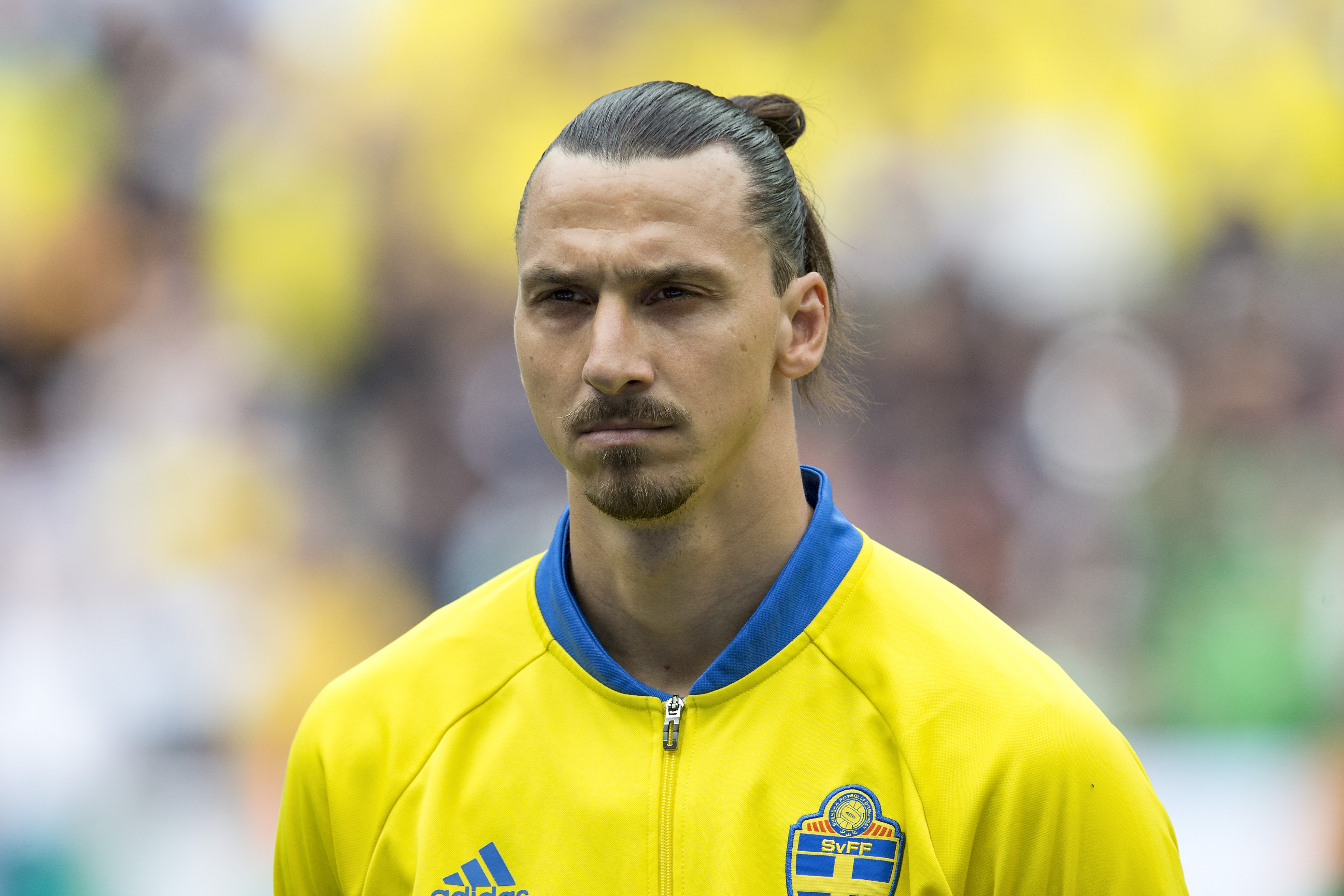 Arsenal legend wishes Zlatan Ibrahimovic good luck at Manchester United