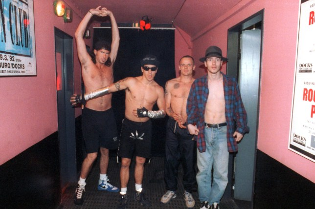 GERMANY - FEBRUARY 12: Photo of RED HOT CHILI PEPPERS and Anthony KIEDIS and FLEA and John FRUSCIANTE and Chad SMITH; Group portrait backstage L-R Chad Smith, Anthony Kiedis, Flea and John Frusciante (Photo by Ian Dickson/Redferns)