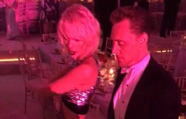 Taylor Swift is 'ready for Tom Hiddleston to meet her parents'