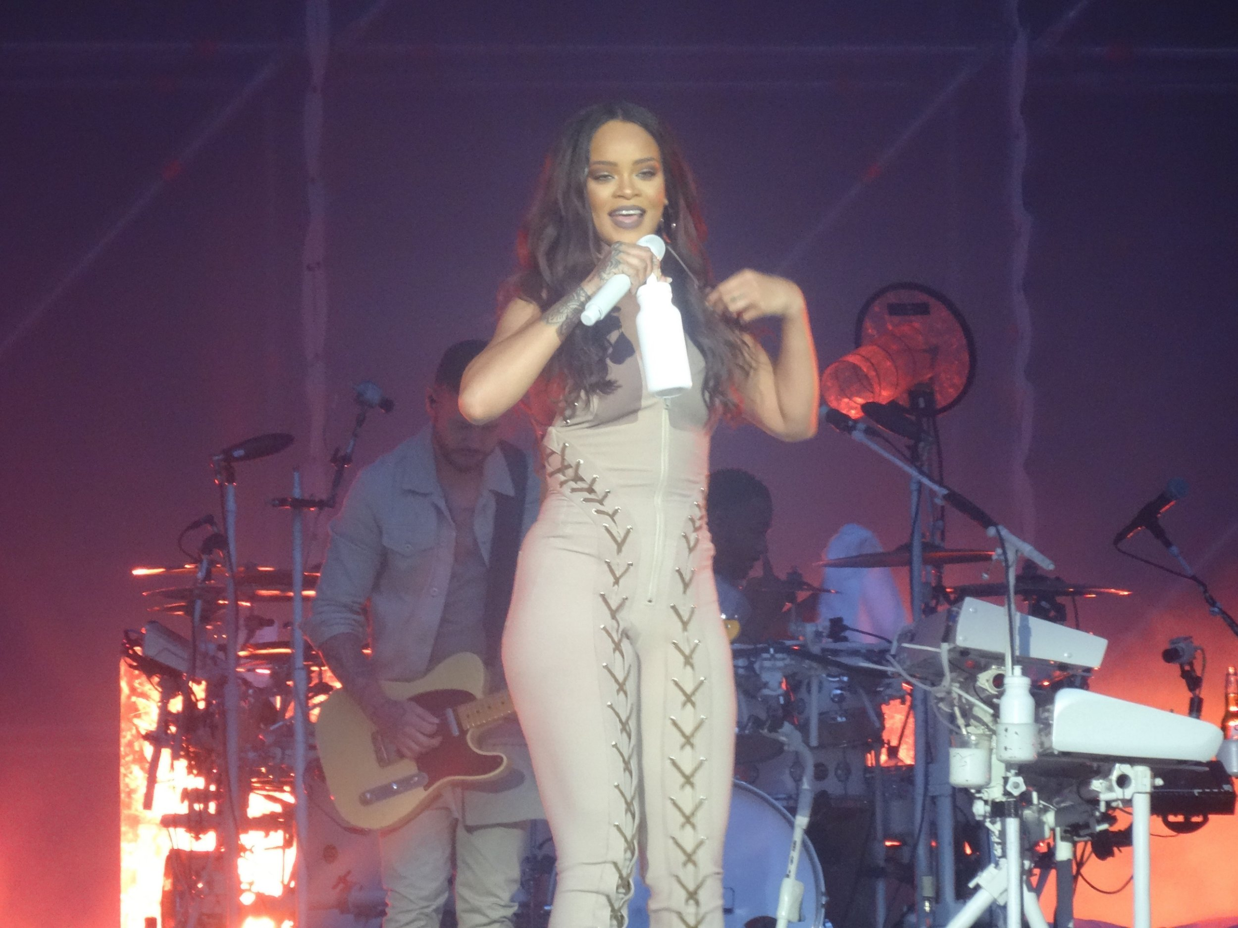 Picture Shows: Rihanna June 21, 2016 Singer Rihanna performs at the Aviva Stadium in Dublin, Ireland. Non Exclusive WORLDWIDE RIGHTS - NO IRELAND Pictures by : FameFlynet UK © 2016 Tel : +44 (0)20 3551 5049 Email : info@fameflynet.uk.com