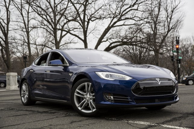 First self-driving car death confirmed involving Tesla S driver