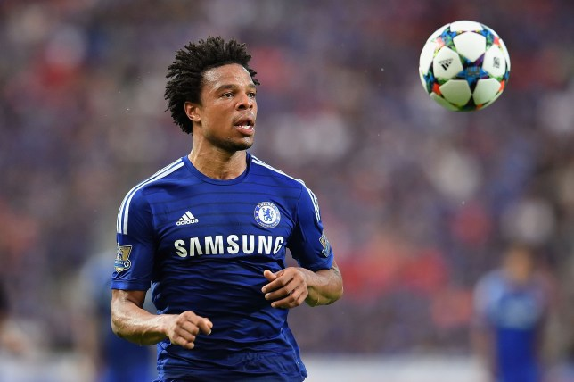 BANGKOK, THAILAND - MAY 30: Loic Remy #18 of Chelsea FC looks the ball during the international friendly match between Thailand All-Stars and Chelsea FC at Rajamangala Stadium on May 30, 2015 in Bangkok, Thailand.  (Photo by Thananuwat Srirasant/Getty Images)