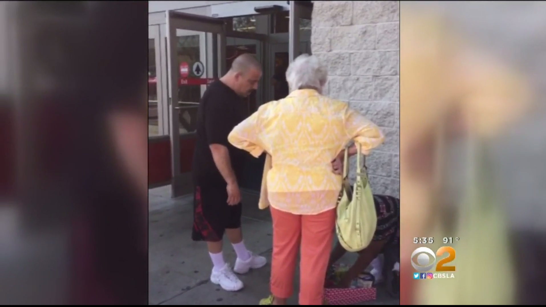 Good Samaritan buys $80 worth of candy from kid being harassed by old woman