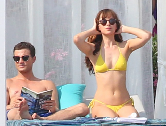 Jamie Dornan and Dakota Johnson shoot beach scenes for ëFifty Shades Freedí