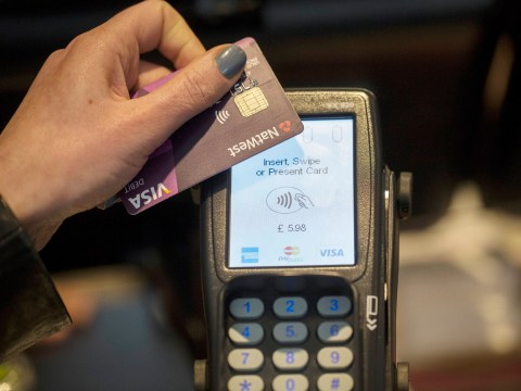 This is why you should absolutely never hand over your card when you're paying on contactless