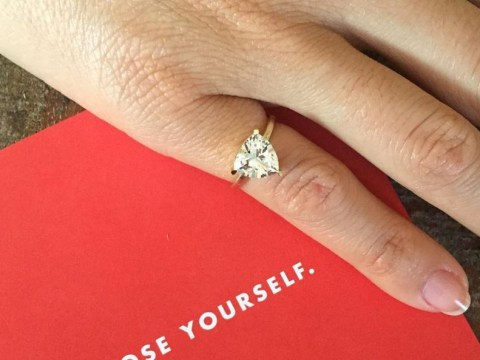 Women are wearing anti-engagement rings to celebrate self love