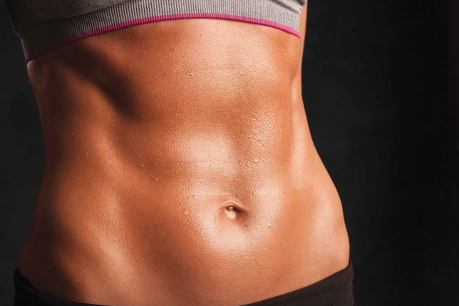 Toned abs don't need a line through the middle of them (picture: Street Workout)