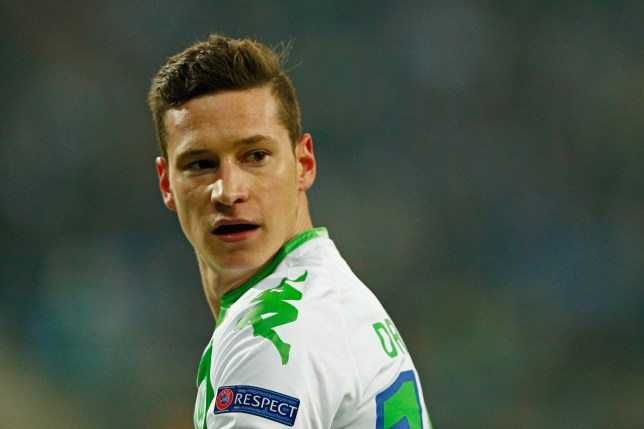GENT, BELGIUM - FEBRUARY 17: Julian Draxler of Wolfsburg looks on during the UEFA Champions League round of 16, first leg match between KAA Gent and VfL Wolfsburg at Ghelamco Arena on February 17, 2016 in Gent, Belgium. (Photo by Dean Mouhtaropoulos/Getty Images)