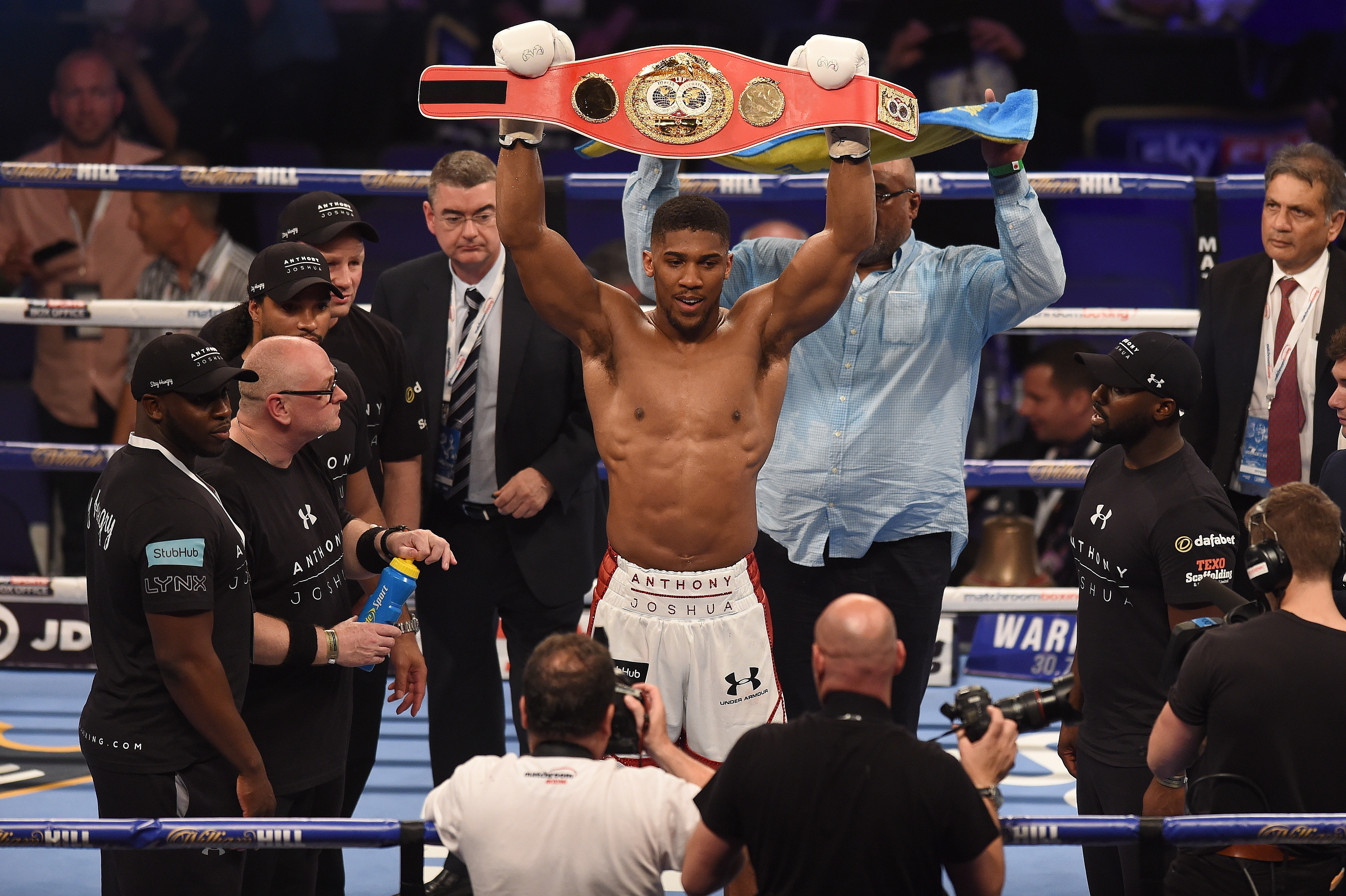 Anthony Joshua will not be fighting David Price in November, confirms Eddie Hearn