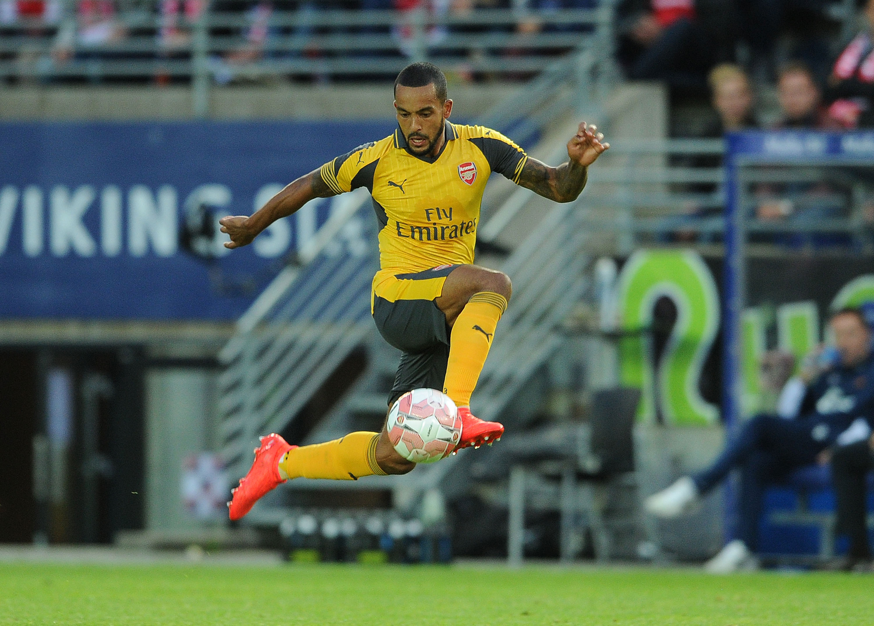 Theo Walcott and Joel Campbell paper over the cracks as Arsenal run riot against Viking FK