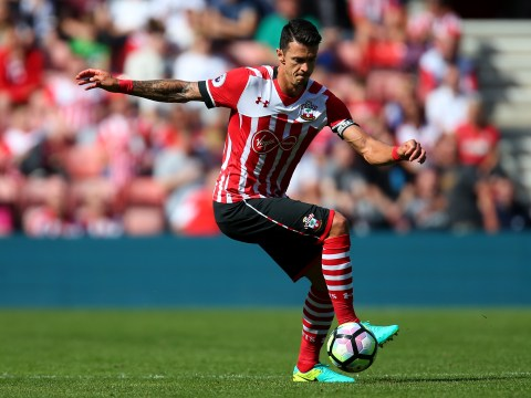 Manchester United to wait on Jose Fonte transfer from Southampton