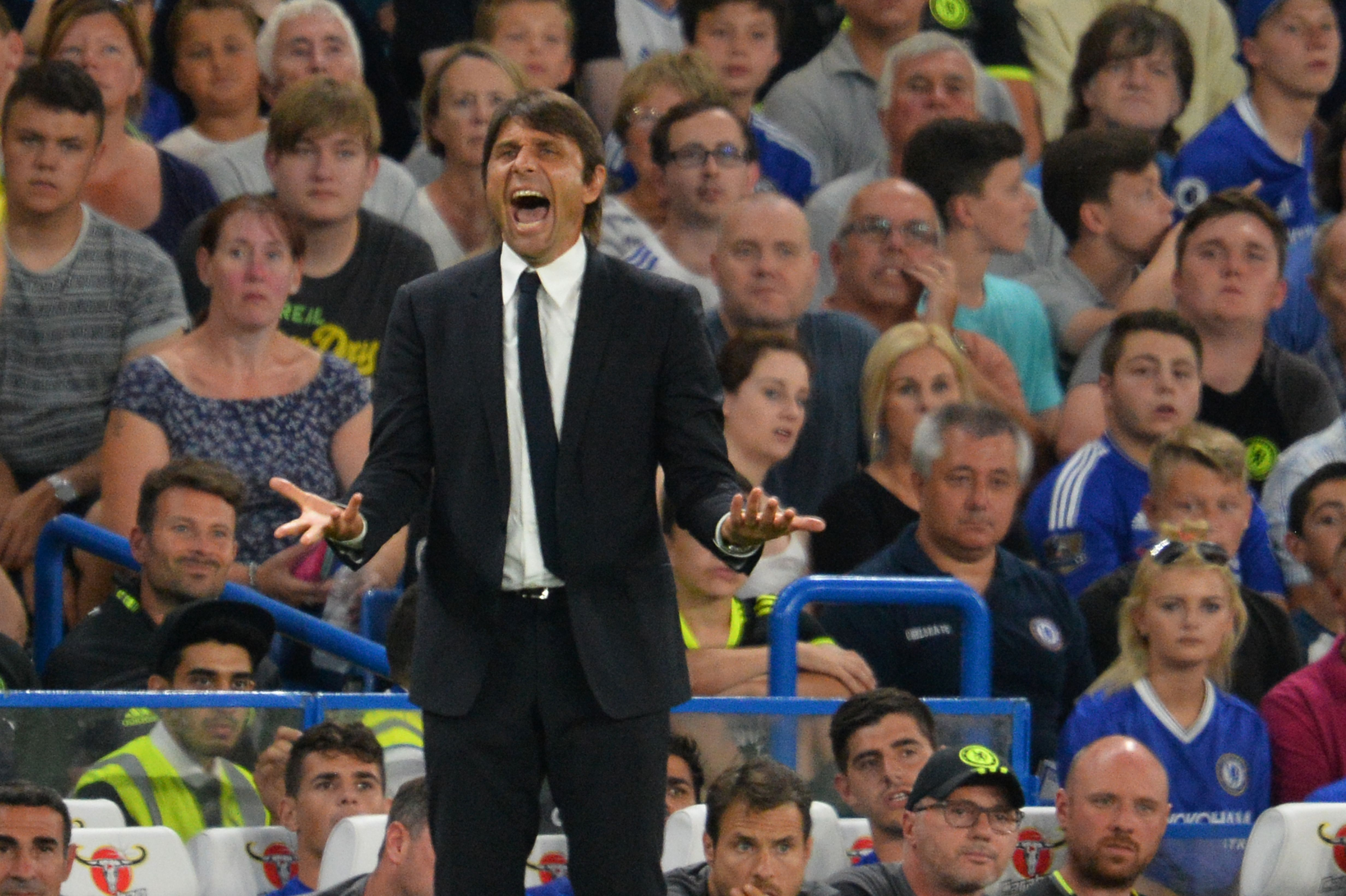 Antonio Conte admits landing Chelsea transfer targets will be 'difficult' this summer