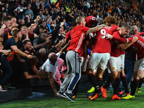 Luke Shaw says Manchester United's late win at Hull was like going 'back to the old days'