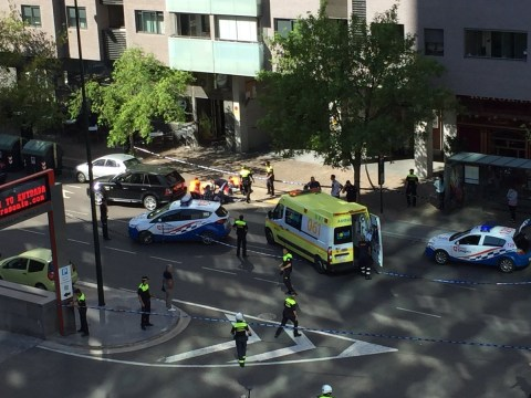Man 'shoots ex-wife in attempted murder suicide' in Spanish shopping centre