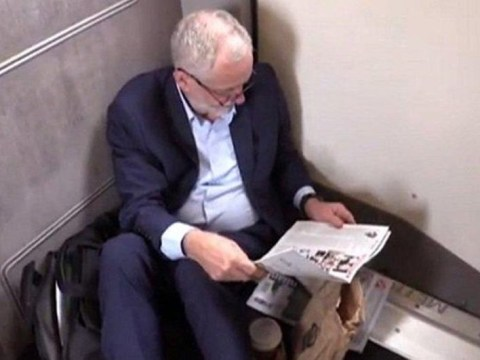 Passenger defends Jeremy Corbyn following #TrainGate