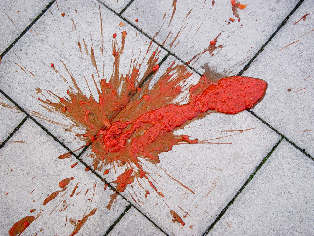 Somebody is committed drive-by tomato ketchup attacks in Warwickshire