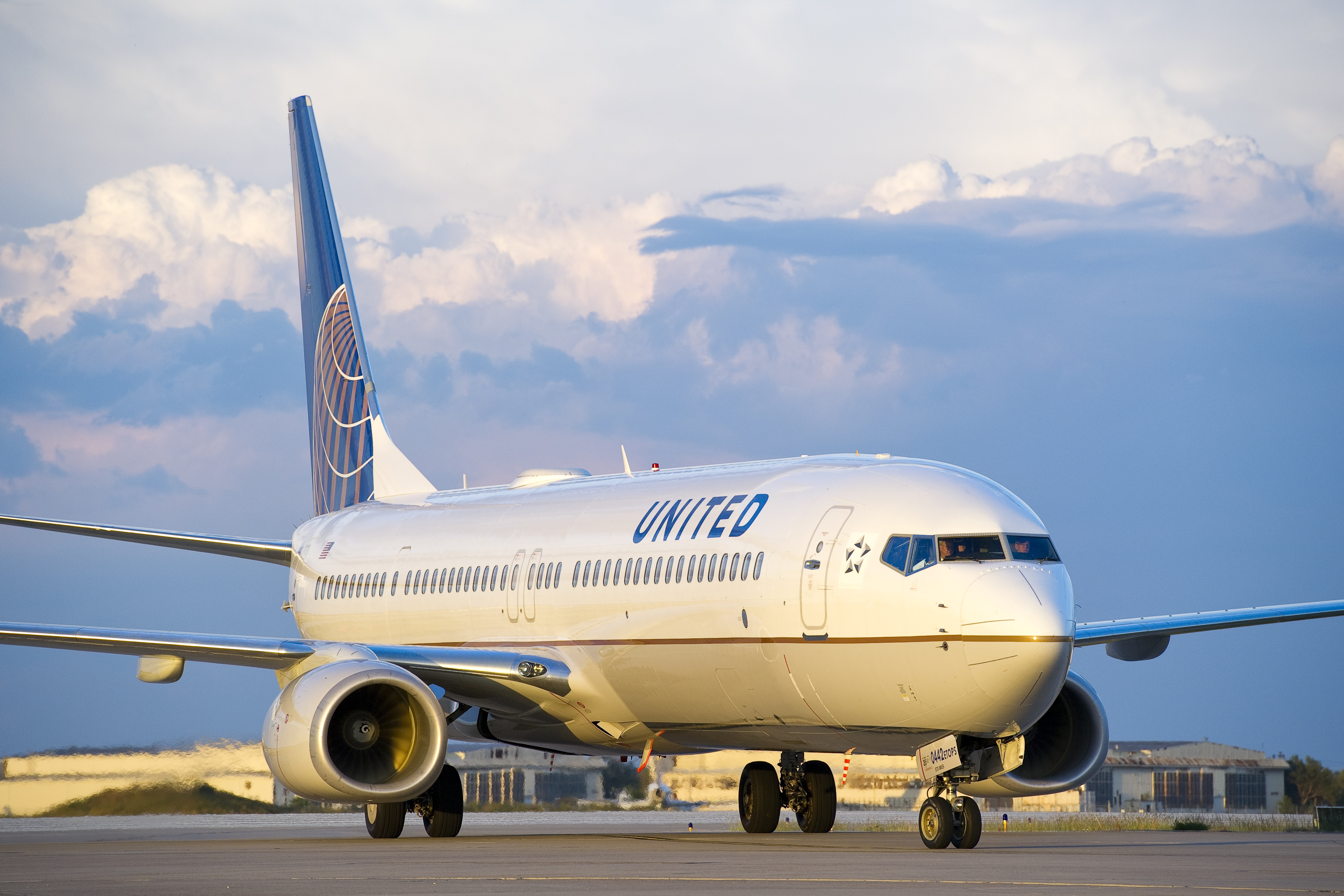 United Airlines suspended the pilots pending an investigation (Picture: United Airlines)