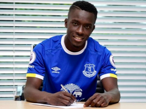 Everton sign midfielder Idrissa Gueye from Aston Villa on four-year deal