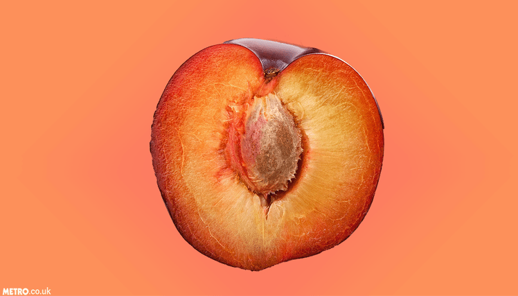 Fruit insertion vaginal before orgie commit