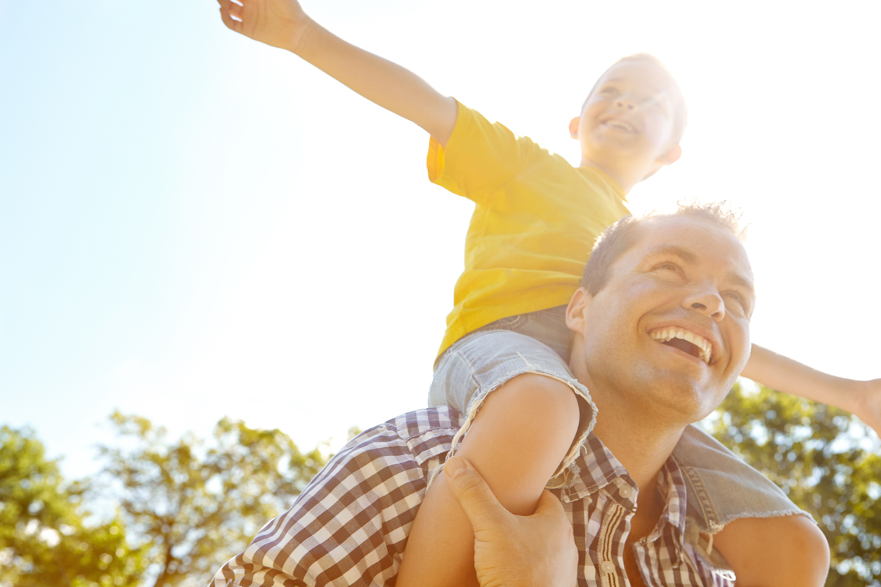 12 important life lessons parents should share with their kids