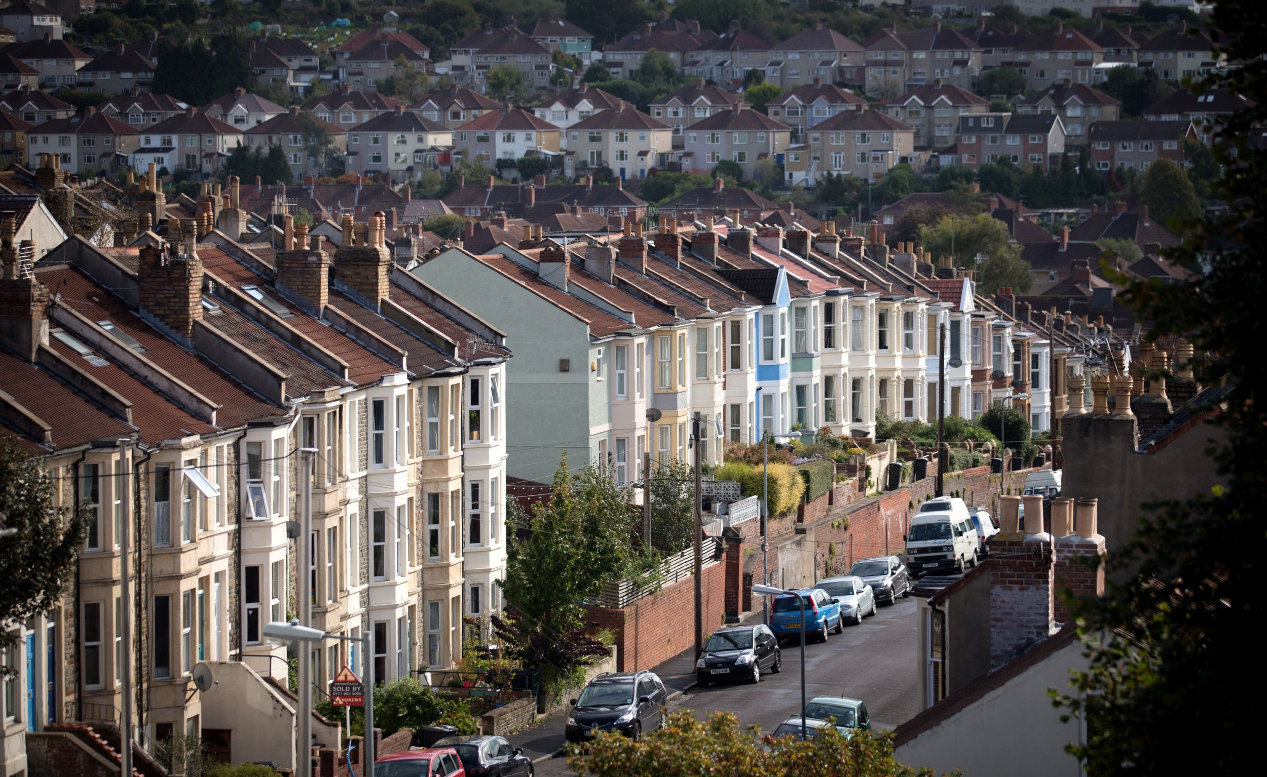 Government ditches Osborne's Help to Buy mortgage scheme