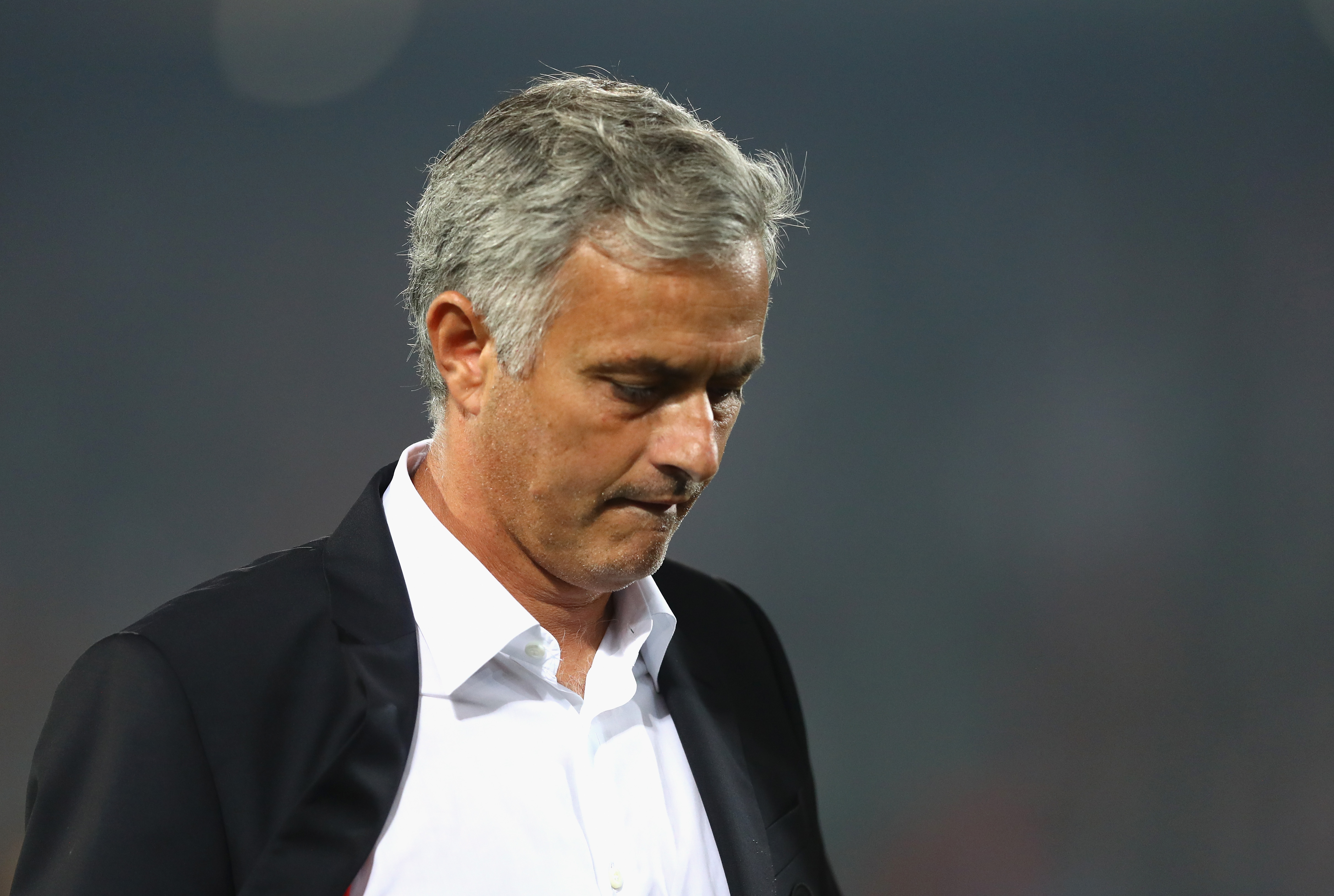Jose Mourinho sets unwanted record with Manchester United's Europa League defeat