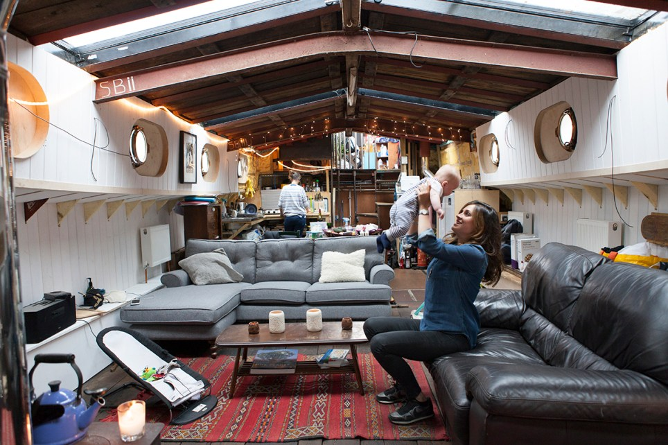 What it's like to live in a houseboat on the River Thames